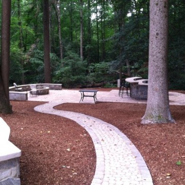 Brick walkway and patio in Loudoun